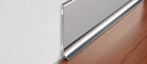 Progress Profiles Плинтус алюминиевый / стальной анодированный матовый / полированный самоклеющийся
