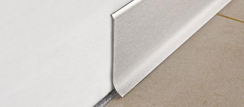 Плинтус алюминиевый анодированный матовый 70х10мм 2м PKISPАА 70 серебро
